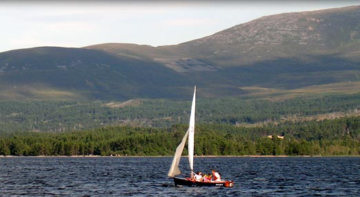 Sailing on Loch Morlich